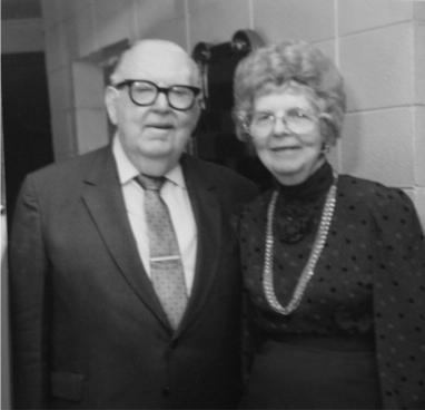 07b-Dr. & Mrs. Sightler